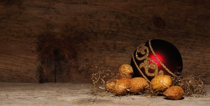 christmas-ornament-545139_640