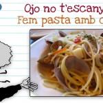 Cardem uns espaguetis amb cloïsses
